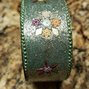Jewelry - Vintage ornate bracelet